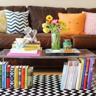 mesa-feita-de-livros-8