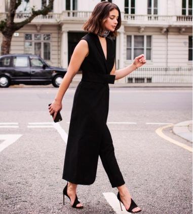 sara-donaldson-street-style-look-maxi-colete-preto-calca