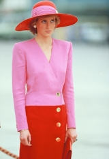 KUWAIT CITY, UNITED ARAB EMIRATES - MARCH 15: Diana, Princess of Wales, wears a Catherine Walker suit and a Philip Sommerville hat during her official tour of the Gulf States on March 15, 1989 in Kuwait City, United Arab Emirates. (Photo by Georges DeKeerle/Getty Images)