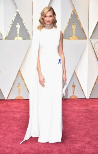 oscar-2017-karlie-kloss-stella-mccartney-3-383x600