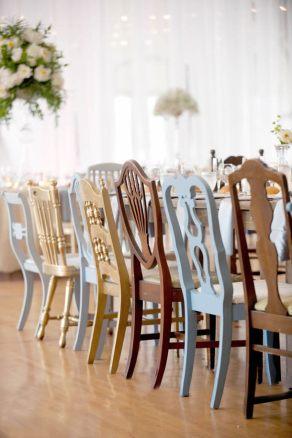 vcc-mesa-cadeiras-diferentes