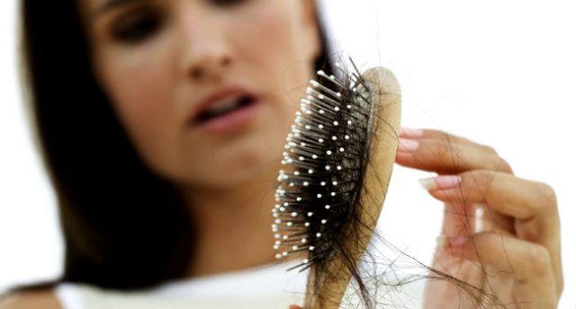 queda-de-cabelo-em-mulheres
